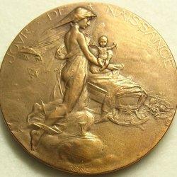 """画像2: 【バーゲン】【美形】フランス アンティーク ブロンズ メダル """"聖母マリアに抱かれ イエス誕生"""" Jules Édouard Roiné 作 37mm"""