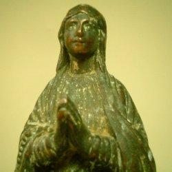 画像2: 【バーゲン】フランス アンティーク 聖マリア 自立像 装飾が豊かな台座付き1800年代 18cm