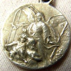 画像1: フランス アンティーク 守護天使 / 聖ジョセフ・聖イエス メダイ 彫刻家サインあり 16mm(チェーン有。無し-300円引き)