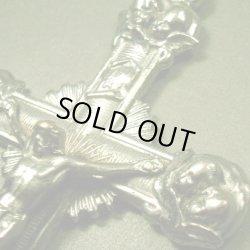 画像1: ベルギー ヴィンテージ 8人の天使のクロス 38×69mm(チェーン有。無し-300円引き)
