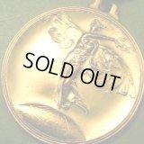 ベルギー ヴィンテージ 月桂樹の冠を持つ天使のメダル 32×32mm(チェーン有。無し-300円引き)